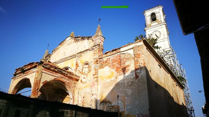 Foto / Scorci sulla vecchia chiesa di Vigellio