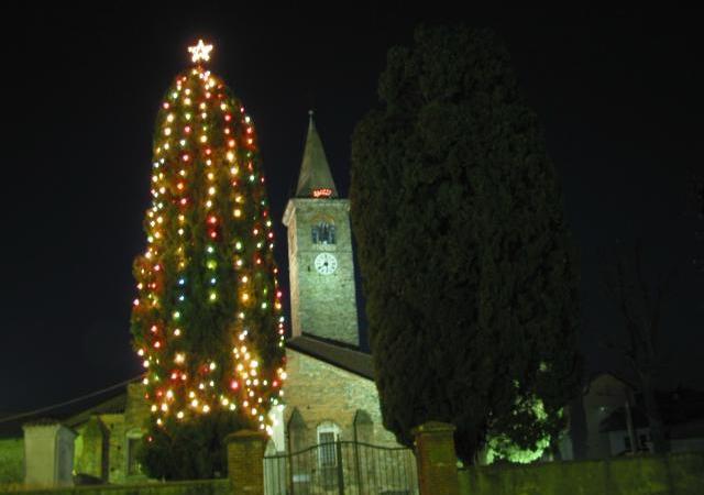 Niente luminarie natalizie, la Pro Loco non ha i soldi