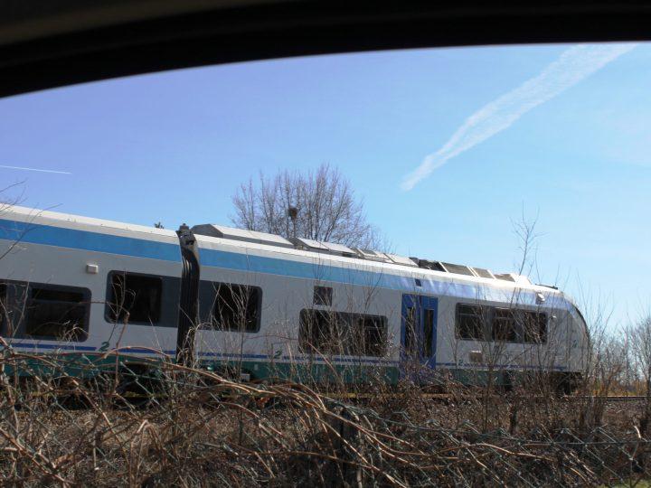 Dopo il confinamento: Dal 3 giugno altri 12 treni sulla Biella – Santhià