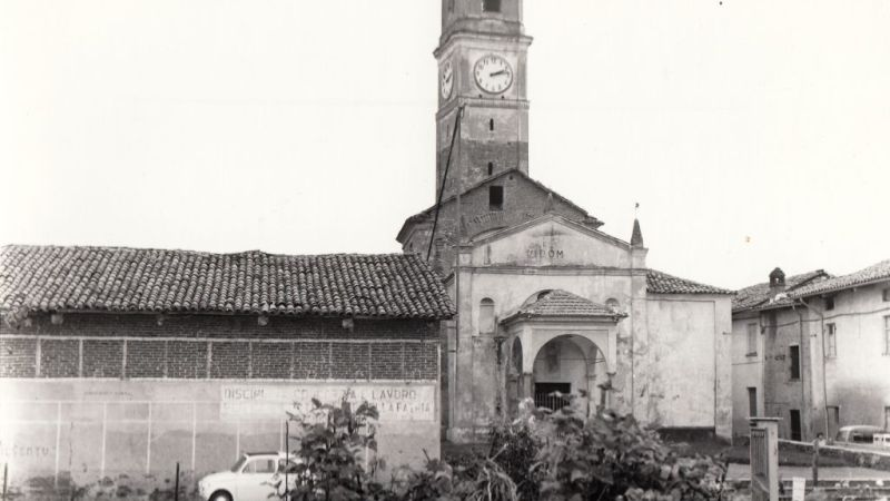 Vecchia Salussola – La vecchia chiesa di Vigellio verso la fine degli anni del 1960