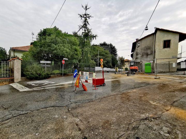 Nuovo tratto di fogna in Via Stazione che attualmente è raggiungibile solo da Via Elvo. FOTOGALLERIA
