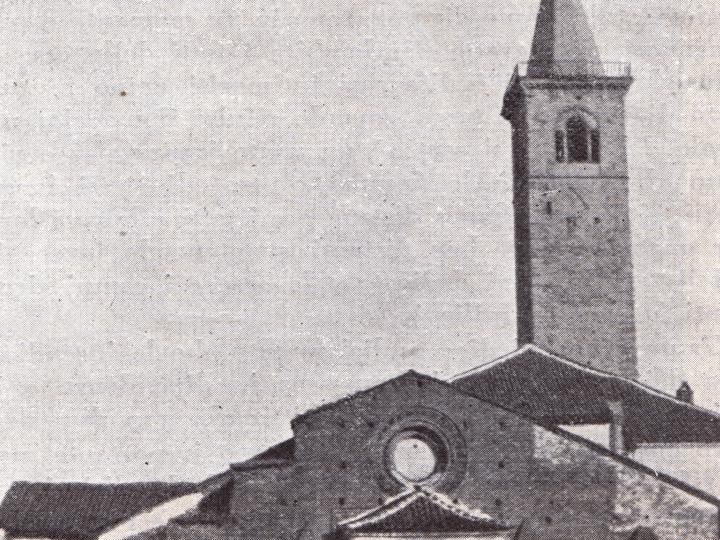 Vecchia Salussola: Vista sulla chiesa dell'Assunta in una foto datata 1934