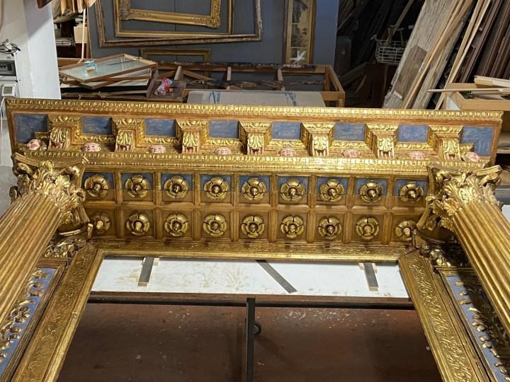 E' ritornata dal restauro, e si può ammirare, la cornice della pala d'altare di Giovenone il Giovane