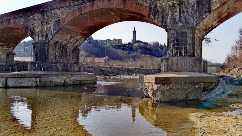 Ferrovia Biella – Santhià: Presto prenderanno via indagini e messa in sicurezza delle fondazioni del ponte sull'Elvo