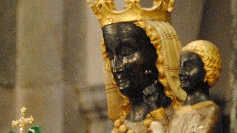 Alternativa per vedere la cerimonia d'incoronazione della Madonna d'Oropa senza andare a Oropa o in uno dei sagrati
