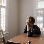 Coronavirus epidemia di solitudine, sofferta da uno su 4