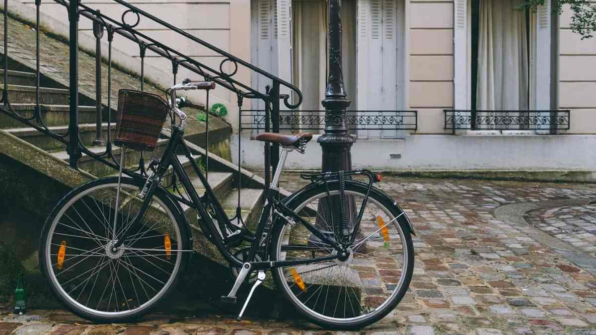 Explore Paris by Vélib – a half day itinerary by bike