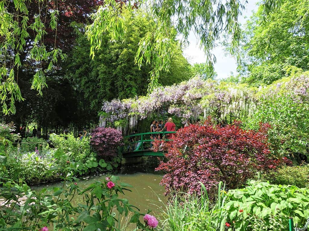 take a perfect day tour from Paris and visit the Gardens of Monet in Giverny - not only a great trip for everyone who's in love with art - the gardens of Monet are a place, you won't forget