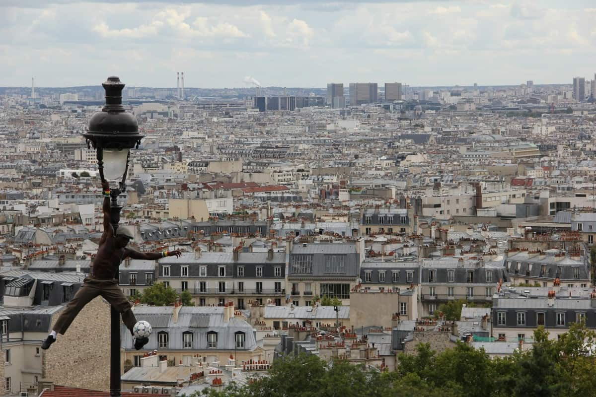 Paris with Kids - what to do in Paris with kids? Montmartre is a nice neighbourhood to spend an afternoon with your kids
