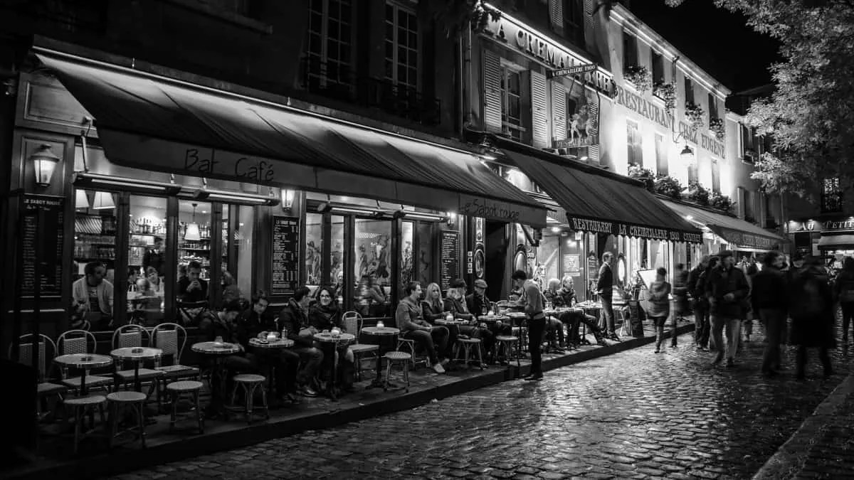 """Hotels in Montmartre are great located; many activities and sightseeing in Montmartre and quick access to the rest of town. So if you wonder """"where to stay in Paris"""" or what are the """"romantic hotels in Paris"""" check Montmartre!"""