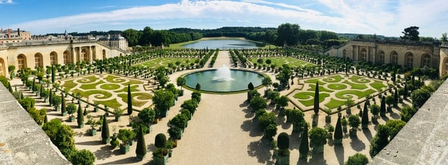 Visit the gardens of versailles and the gardens of Monet in one day - day trip from paris