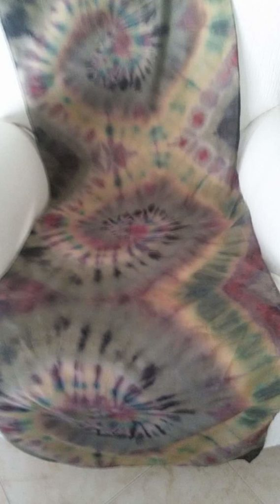 Pañuelo de algodón. Técnica Tie-dye