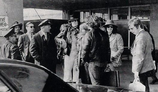 27 1968-04-03