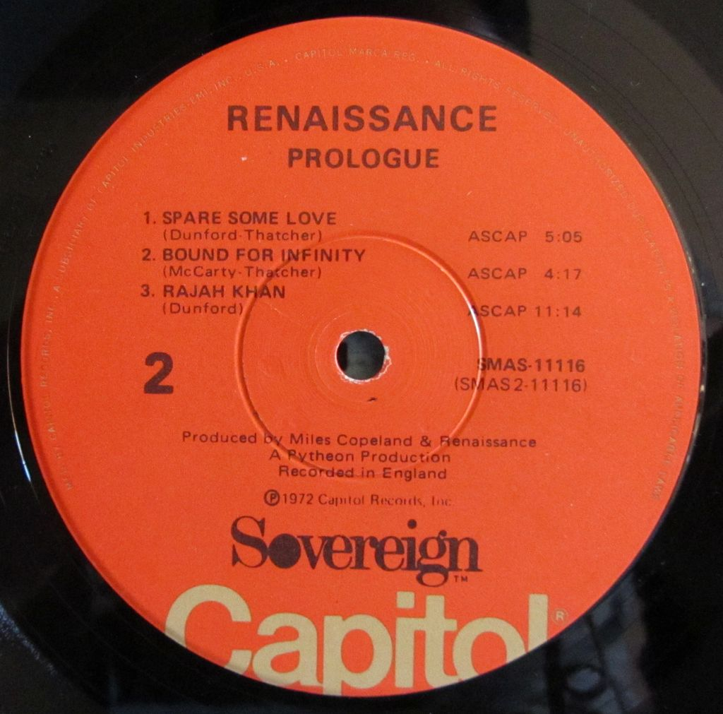 LP, Lato b, Label