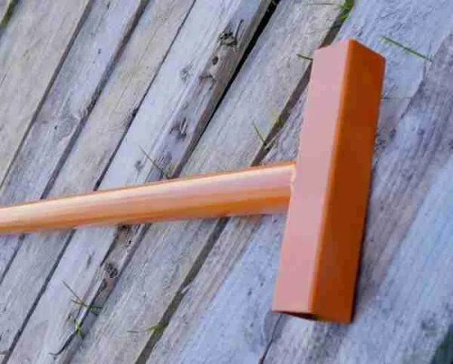 Pallet puller deconstruction tool