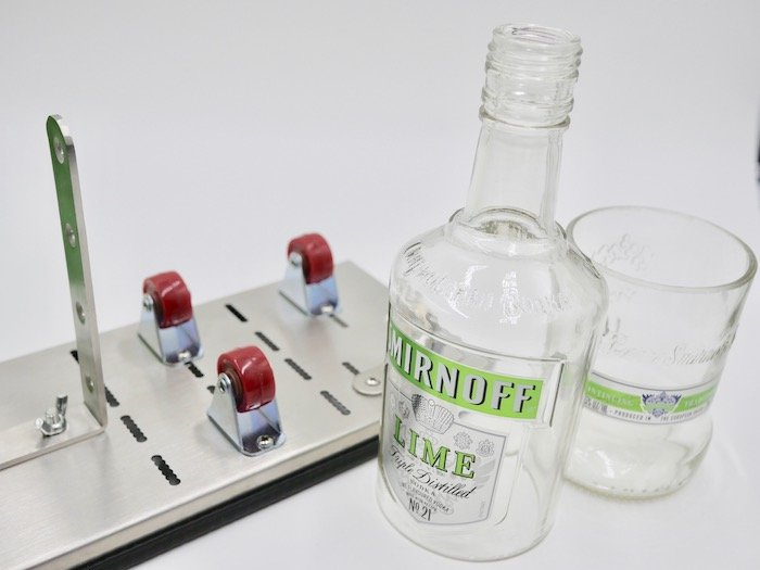 Cheap and easy glass bottle cutter