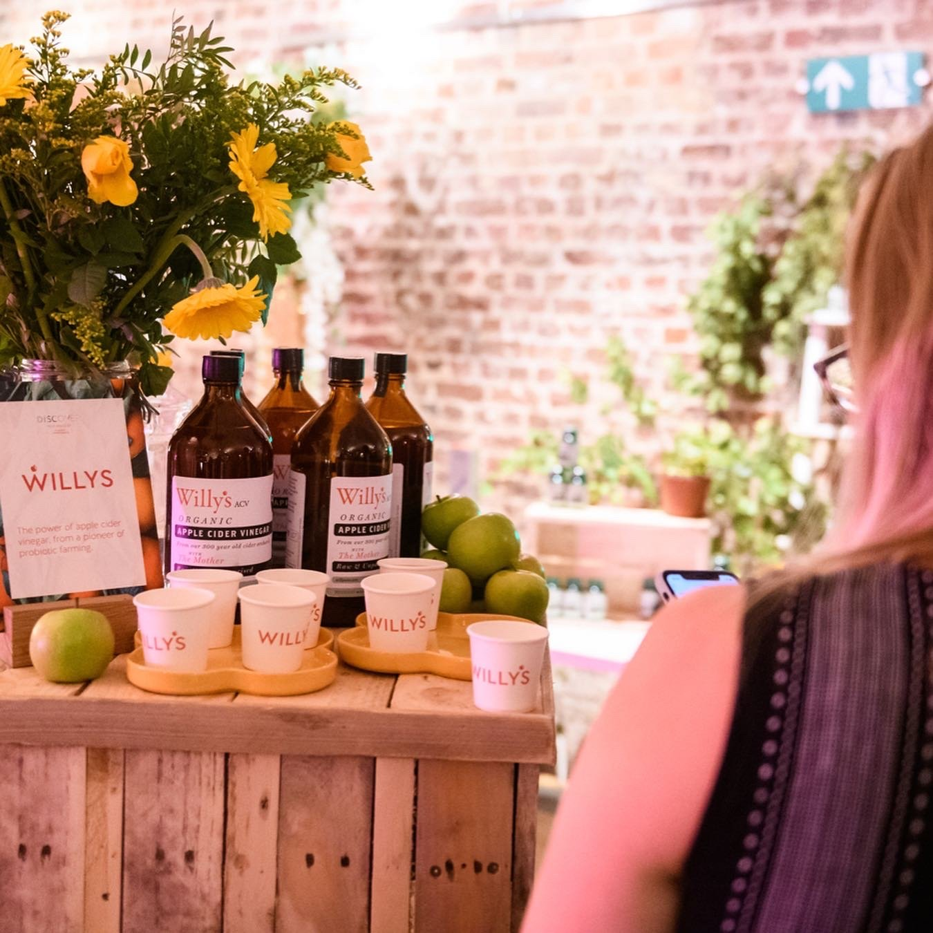 using pallets to create zero waste event displays