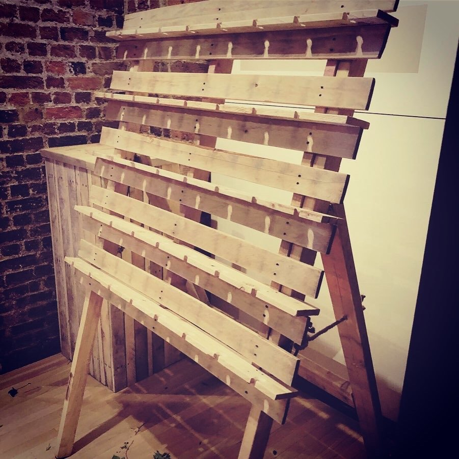 Prosecco display made from salvaged pallets
