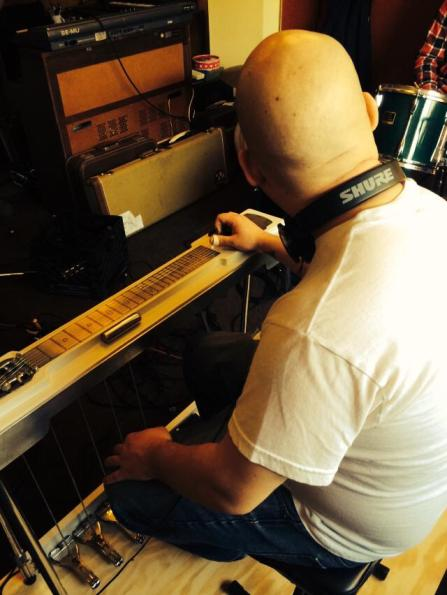 2014-12-07 Recording - Andy plays steel guitar