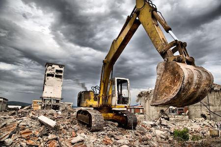 Ho acquistato un immobile abusivo, può esserne ordinata la demolizione?