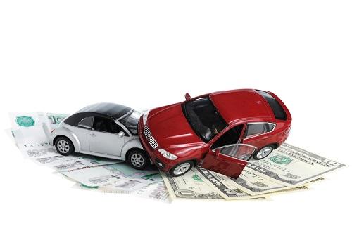 Sinistri stradali: vanno rimborsate anche le spese della fase stragiudiziale