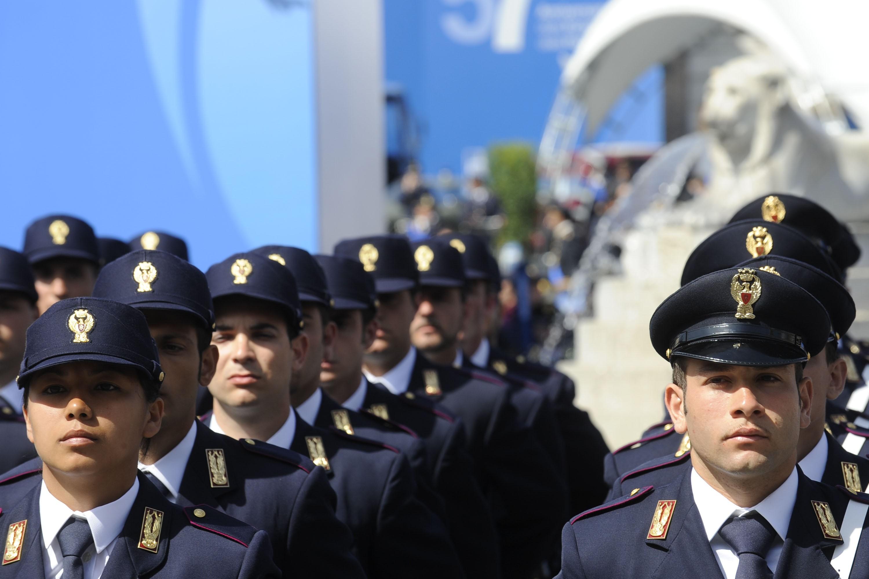 Concorso 1350 Allievi Agenti Polizia: ancora l'ingiusto limite di 26 anni? Via al ricorso collettivo
