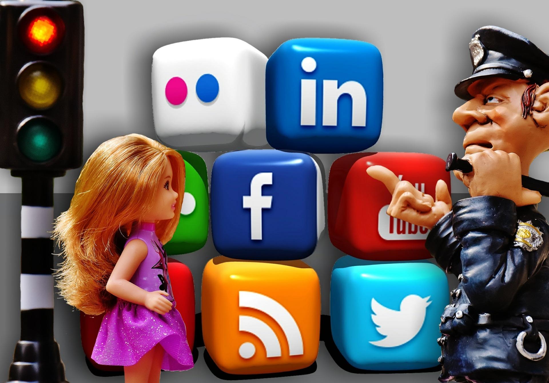 Il caso di Mantova: il divieto di postare foto dei minori sui social network