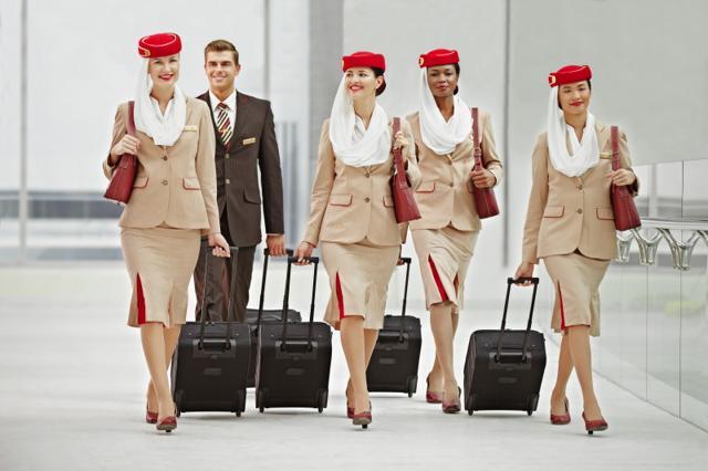 Air France: nessun obbligo di velo per le hostess durante il volo Parigi-Teheran