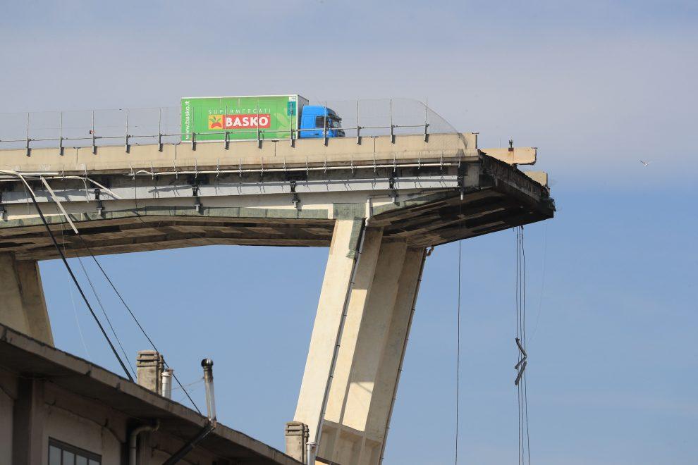 Crollo del ponte di Genova: è dovuto l'indennizzo anche in caso di inadempimento del concessionario?