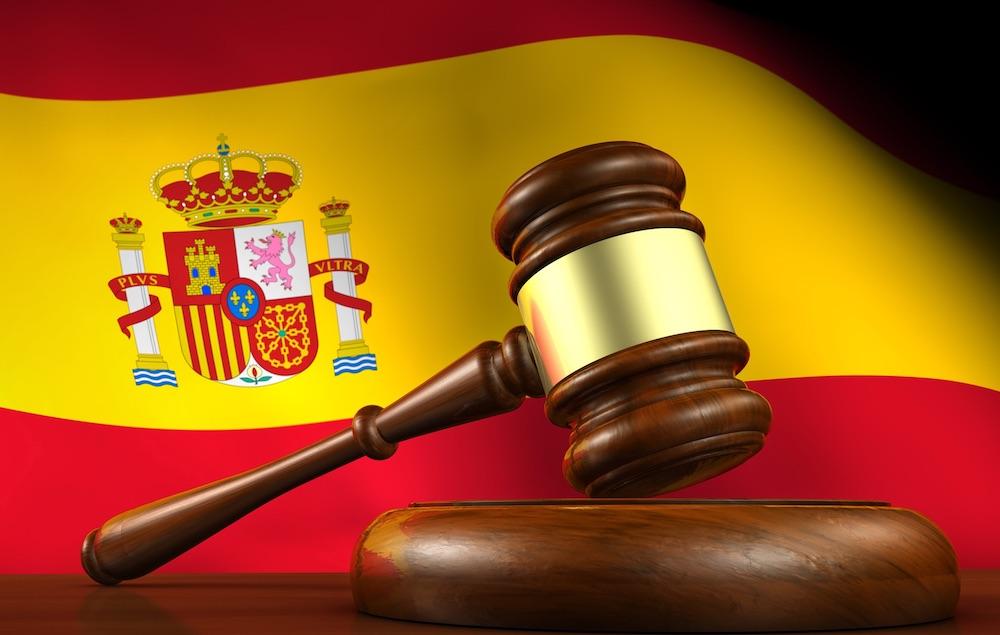 La disciplina spagnola degli istituti della desistenza volontaria e del recesso attivo
