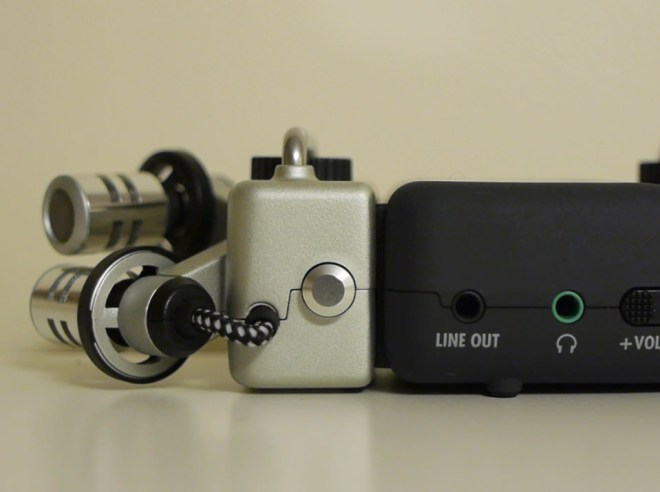 Zoom H4 outputs