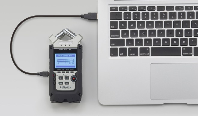 Zoom H4n Pro plugged into a computer