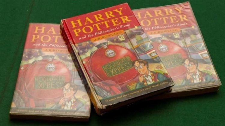 Harry Potter's first edition sold for £33,000 at auction