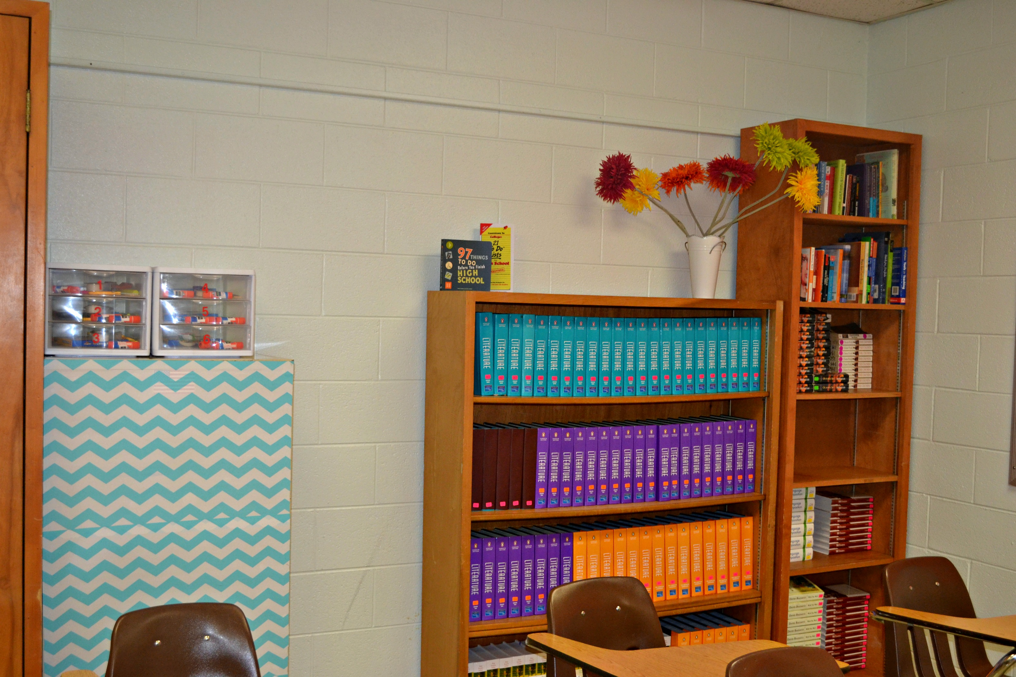 Decoration & Organization for the High School Classroom - Teaching ...