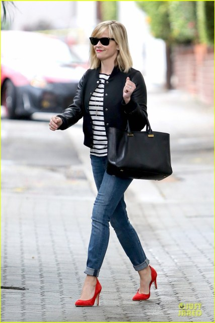reese-witherspoon-bowling-for-38th-birthday-05