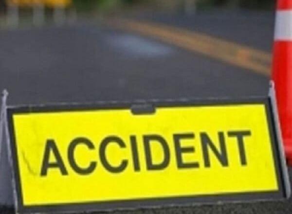 UP Big Accident : यमुना एक्सप्रेस-वे पर टैंकर ने इनोवा को रौंदा, 1 ही परिवार के 4 समेत 7 की मौत