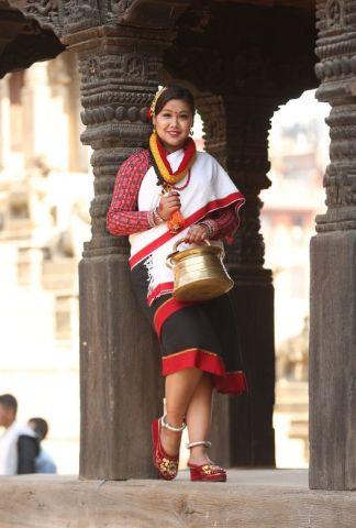 झि नेवा: संस्कृति