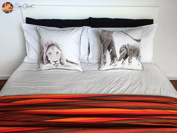 cushions-and-orange-bed