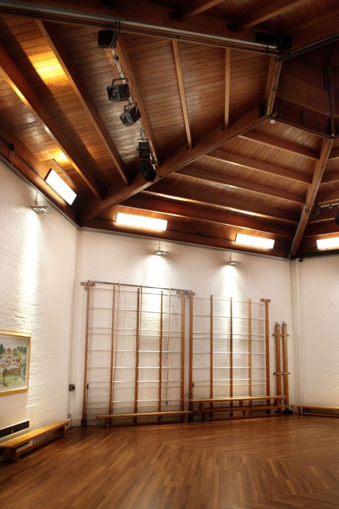 Gymnasium lighting by Sam Coles Lighting 09