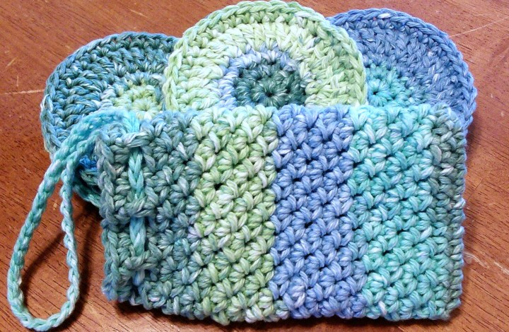 Face Scrubbies and Soap Pouch Spa Set Free Crochet Pattern