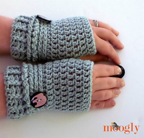 Ups and Downs Fingerless Gloves