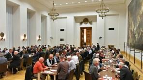 Schafkopfen im Landtag 2