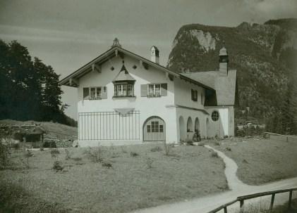 sach 01a 26 Schulhaus Stein 1909
