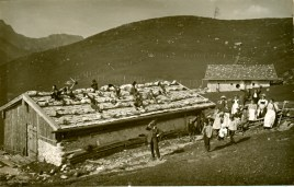 sach 05 113 Schueler auf der Schachenalm 1914