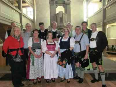 kl-Trachtentag Teilnehmer in Wendisch-Deutscher Kirche