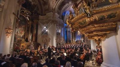 Das Münchner Rundfunkorchester und der Chor des Bayerischen Rundfunks.