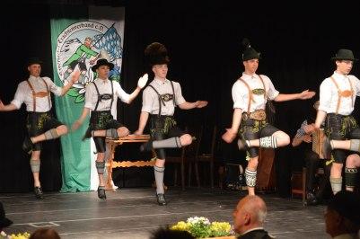 Bayerische Trachtenjugend (2)