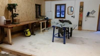Werkstatt mit erster Einrichtung