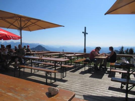 Blick von der Terrasse der AV-Hütte