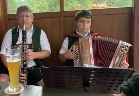 kl-1Musikanten Christian Hofbauer und Sohn